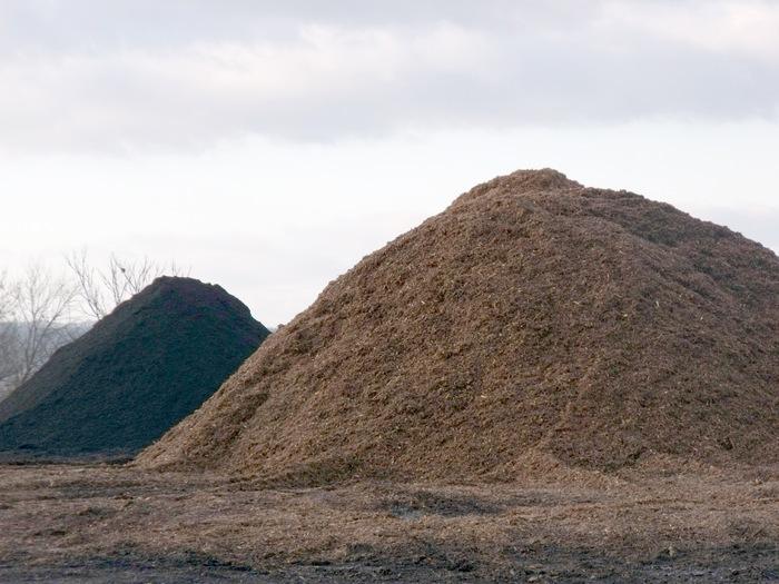 Mulch-Piles-sm